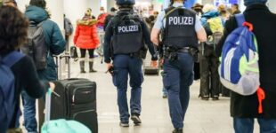 Corona-News am Sonntag: Schärfere Corona-Kontrollen am Frankfurter Flughafen