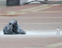 У Мінську на Площі незалежності чоловік здійснив самопідпал — його госпіталізували