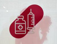 Мурашко призвал не ждать третьей волны коронавируса, а сделать прививку